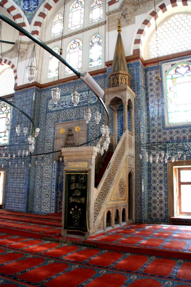 Rüstem Paşa Mosque: minbar = pulpit