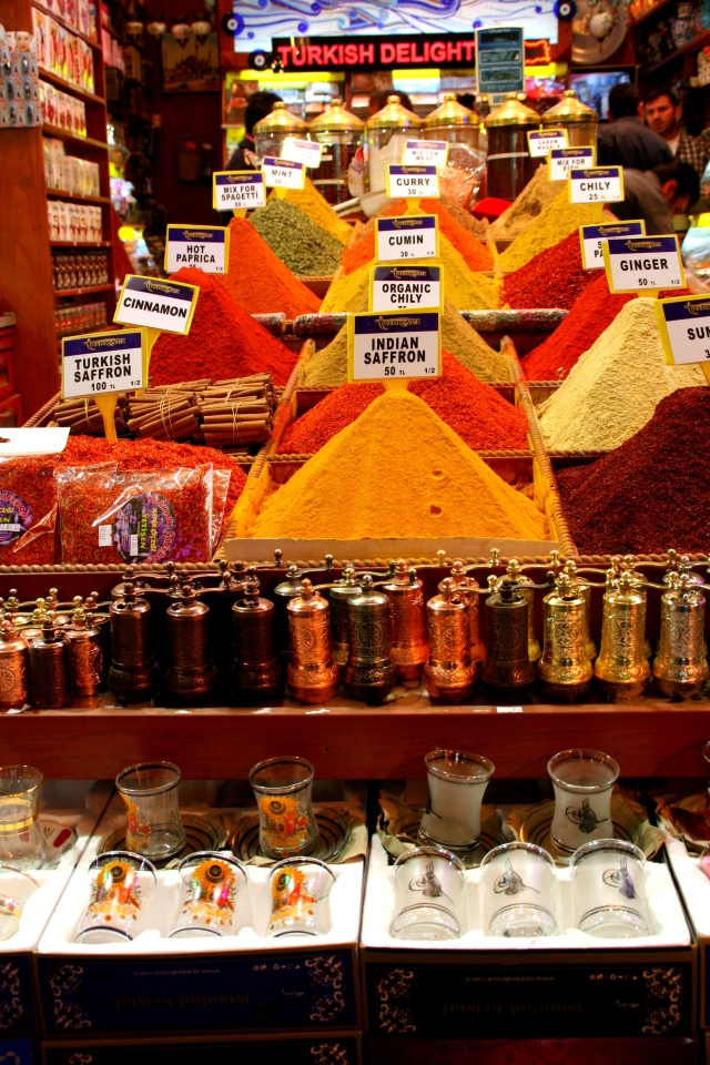 Spice market w/ pepper mills and Turkish tea glasses