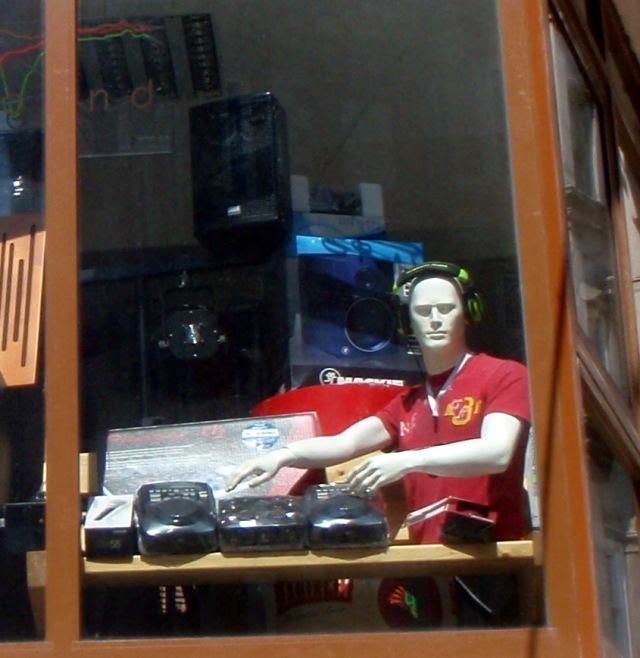 Mannequin DJ